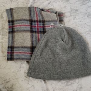 Fleece Hat and Scarf Budle